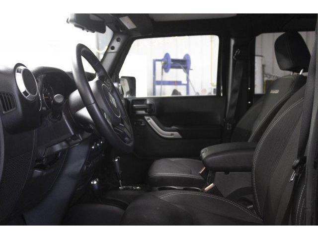 2018 Jeep Wrangler JK Unlimited Sahara (Stk: V804) in Prince Albert - Image 9 of 11