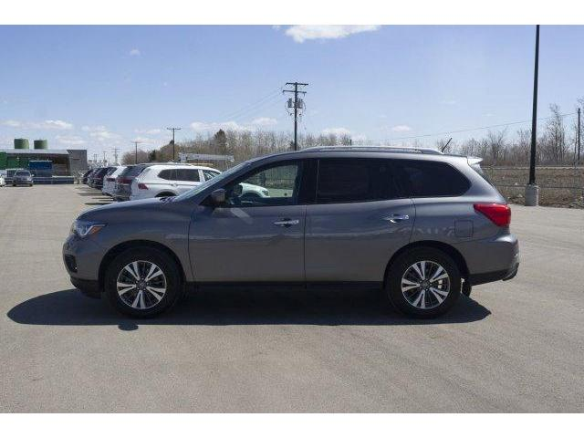 2017 Nissan Pathfinder  (Stk: 18101A) in Prince Albert - Image 2 of 11