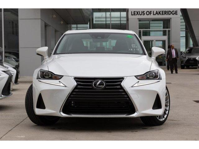 2019 Lexus IS 300 Base (Stk: L19396) in Toronto - Image 2 of 27