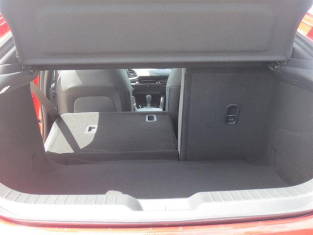2019 Mazda Mazda3 Sport GS (Stk: M19103) in Steinbach - Image 9 of 22