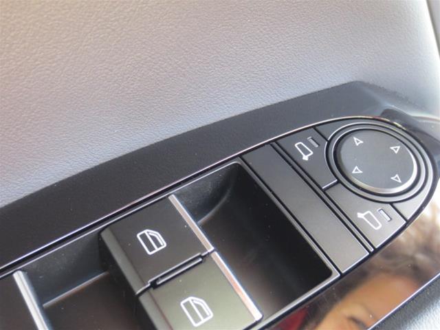 2019 Mazda Mazda3 Sport GS (Stk: M19103) in Steinbach - Image 13 of 22