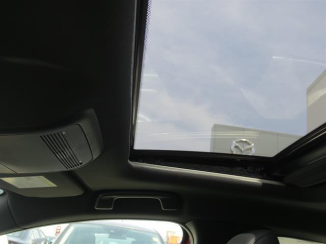 2019 Mazda Mazda3 Sport GS (Stk: M19103) in Steinbach - Image 16 of 22