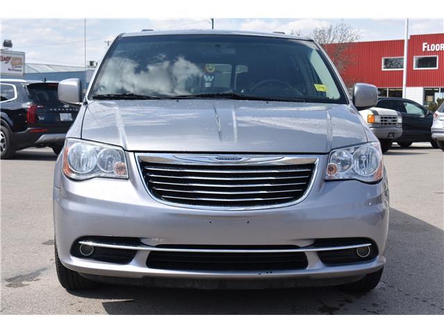 2014 Chrysler Town & Country Touring (Stk: p36596) in Saskatoon - Image 2 of 23