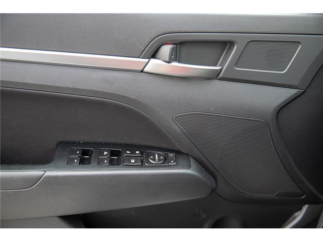 2019 Hyundai Elantra Luxury (Stk: EE908870) in Surrey - Image 17 of 27