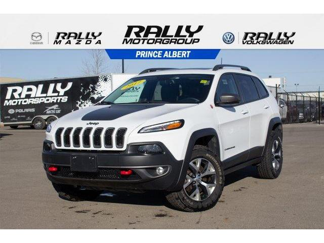 2017 Jeep Cherokee Trailhawk (Stk: V604) in Prince Albert - Image 1 of 11