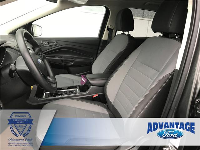 2017 Ford Escape S (Stk: J-2104A) in Calgary - Image 2 of 17