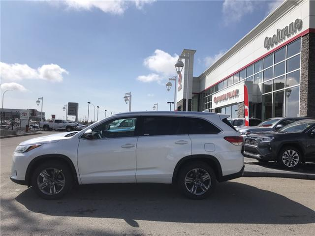 2019 Toyota Highlander Limited (Stk: 190290) in Cochrane - Image 2 of 14