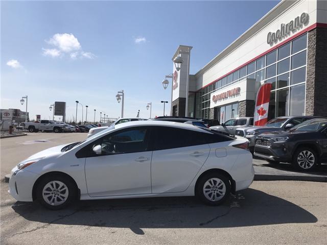 2018 Toyota Prius Base (Stk: 2847) in Cochrane - Image 2 of 14