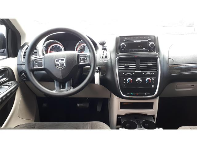 2017 Dodge Grand Caravan CVP/SXT (Stk: HR781319) in Sarnia - Image 17 of 18