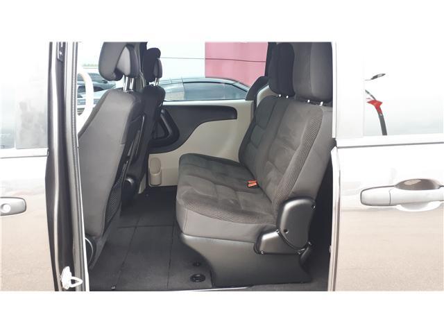 2017 Dodge Grand Caravan CVP/SXT (Stk: HR781319) in Sarnia - Image 18 of 18