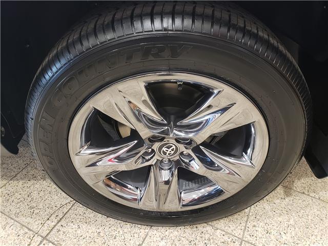 2019 Toyota Highlander Limited (Stk: 9-1004) in Etobicoke - Image 4 of 6