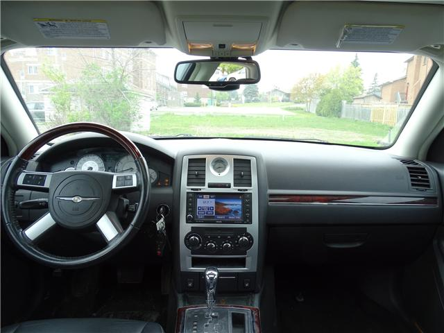 2009 Chrysler 300 Limited (Stk: ) in Oshawa - Image 8 of 14
