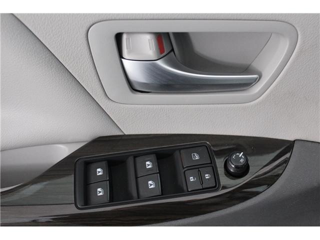 2015 Toyota Sienna XLE 7 Passenger (Stk: 298200S) in Markham - Image 6 of 26