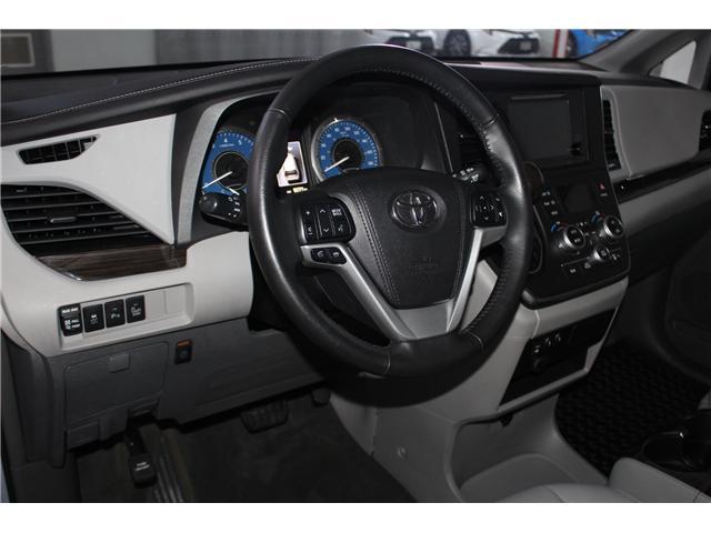 2015 Toyota Sienna XLE 7 Passenger (Stk: 298200S) in Markham - Image 10 of 26