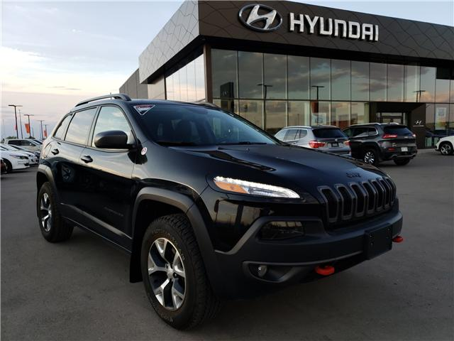 2018 Jeep Cherokee Trailhawk (Stk: H2400) in Saskatoon - Image 1 of 20
