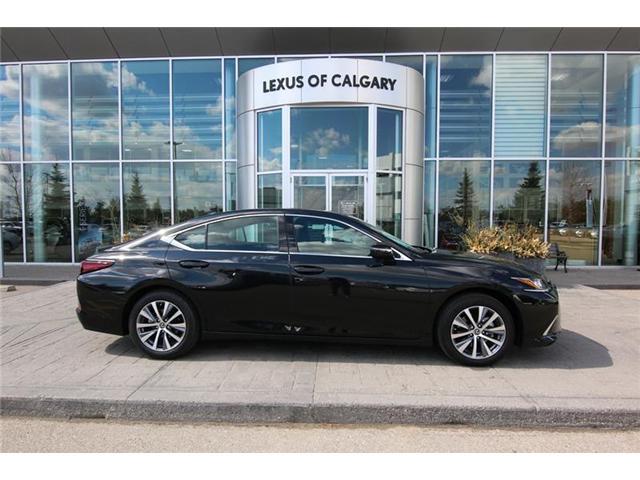 2019 Lexus ES 350 Premium (Stk: 3931B) in Calgary - Image 2 of 16