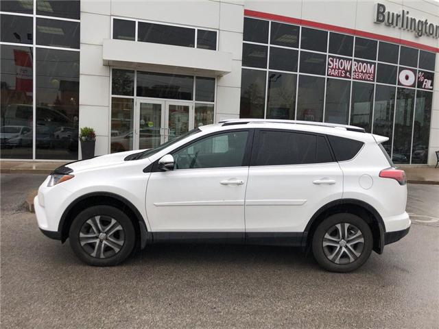 2016 Toyota RAV4 LE (Stk: U10682) in Burlington - Image 2 of 16