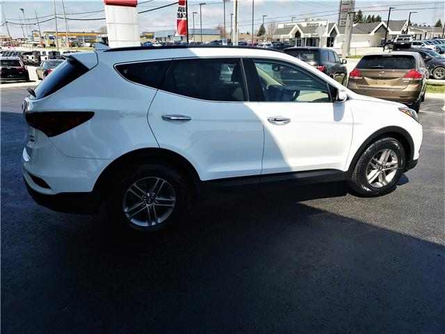 2017 Hyundai Santa Fe Sport 2.4 Luxury (Stk: P02597A) in Timmins - Image 3 of 13