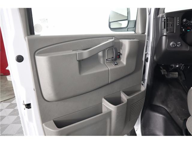 2018 Chevrolet Express 2500 Work Van (Stk: R19-12) in Huntsville - Image 15 of 24