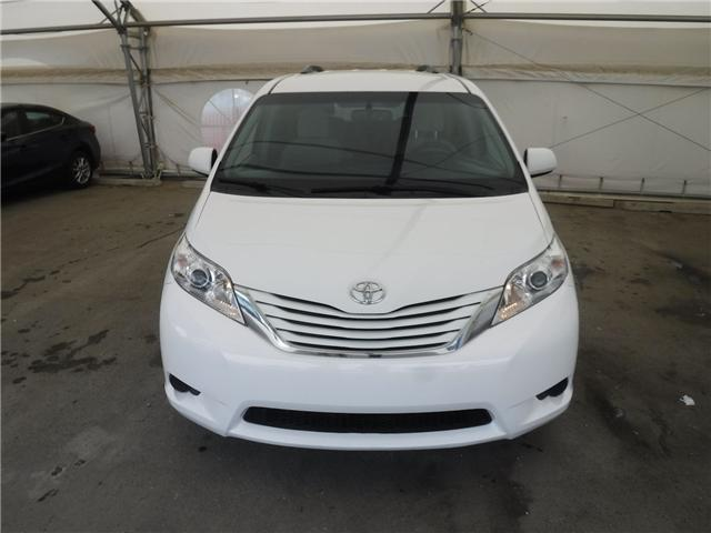 2017 Toyota Sienna LE 7 Passenger (Stk: S3021) in Calgary - Image 2 of 22