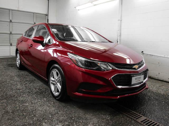 2018 Chevrolet Cruze LT Auto (Stk: P9-58410) in Burnaby - Image 2 of 23