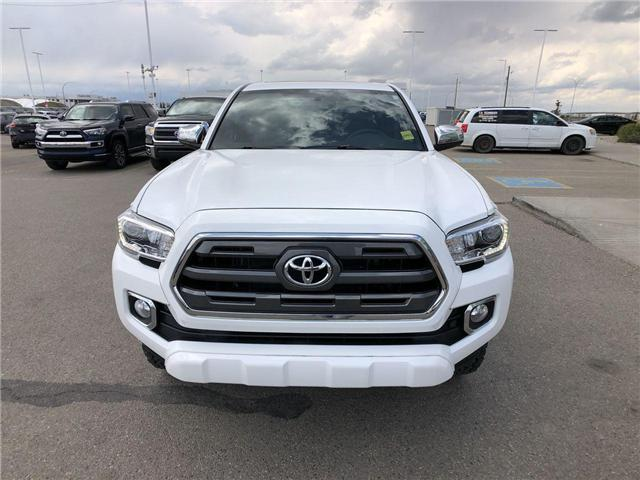 2017 Toyota Tacoma  (Stk: 2900979A) in Calgary - Image 2 of 18