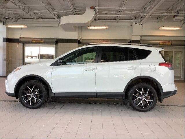 2016 Toyota RAV4 SE (Stk: P19056) in Kingston - Image 2 of 23