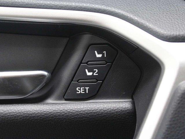 2019 Toyota RAV4 Limited (Stk: W017301) in Winnipeg - Image 11 of 30