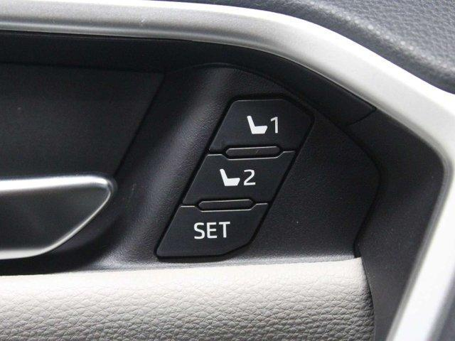 2019 Toyota RAV4 Limited (Stk: W023112) in Winnipeg - Image 10 of 30