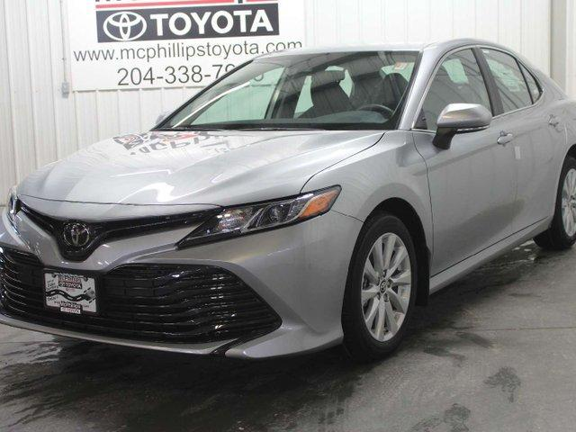 2019 Toyota Camry LE (Stk: U223913) in Winnipeg - Image 1 of 26