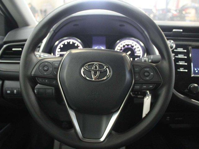 2019 Toyota Camry LE (Stk: U223913) in Winnipeg - Image 11 of 26