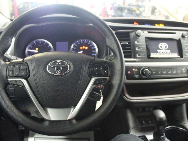 2019 Toyota Highlander LE AWD Convenience Package (Stk: S966272) in Winnipeg - Image 10 of 26
