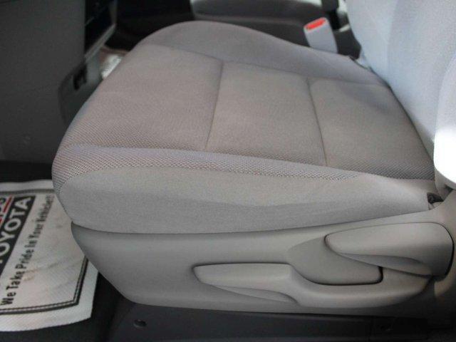 2019 Toyota Sienna 7-Passenger (Stk: S011685) in Winnipeg - Image 9 of 26