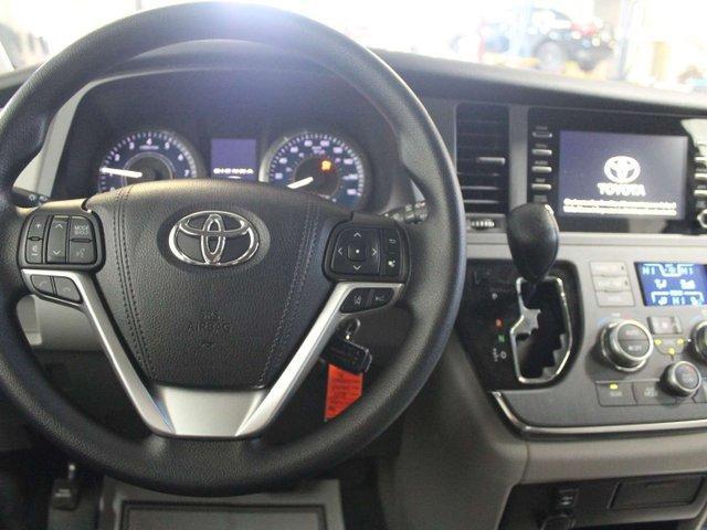 2019 Toyota Sienna 7-Passenger (Stk: S011685) in Winnipeg - Image 10 of 26