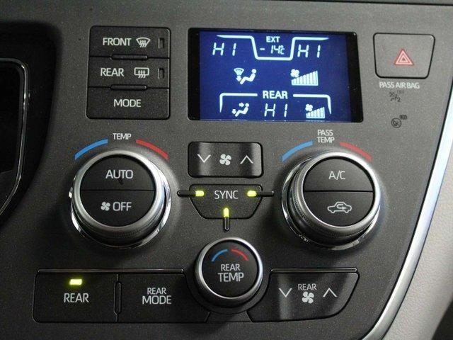 2019 Toyota Sienna 7-Passenger (Stk: S011490) in Winnipeg - Image 18 of 26