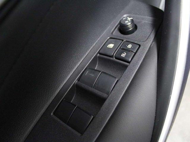 2020 Toyota Corolla SE (Stk: P001861) in Winnipeg - Image 8 of 27