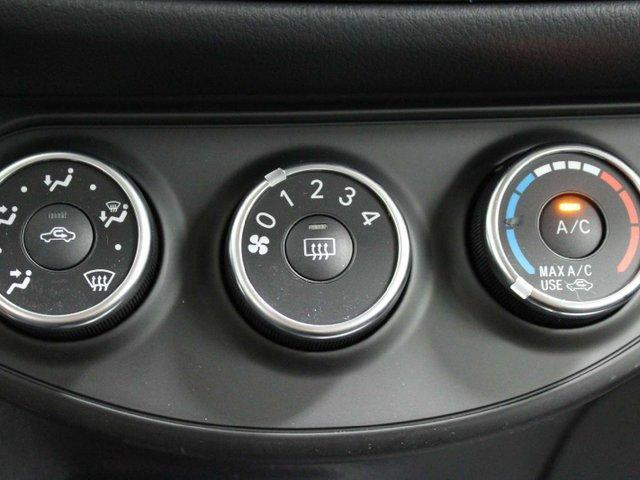 Max 80 Winnipeg >> 2019 Toyota Yaris Se For Sale In Winnipeg Mcphillips Toyota
