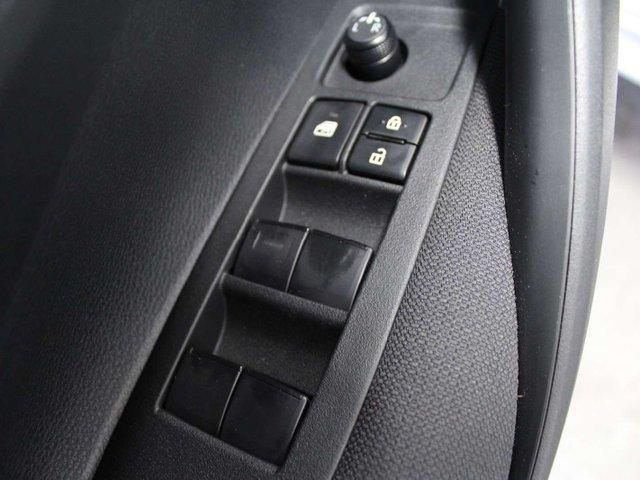 2020 Toyota Corolla LE (Stk: P011045) in Winnipeg - Image 7 of 26