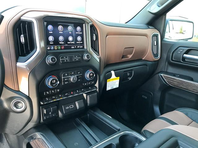 2019 Chevrolet Silverado 1500 High Country (Stk: 9L47180) in North Vancouver - Image 8 of 13
