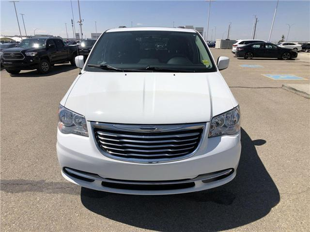 2014 Chrysler Town & Country  (Stk: 2802058A) in Calgary - Image 2 of 19