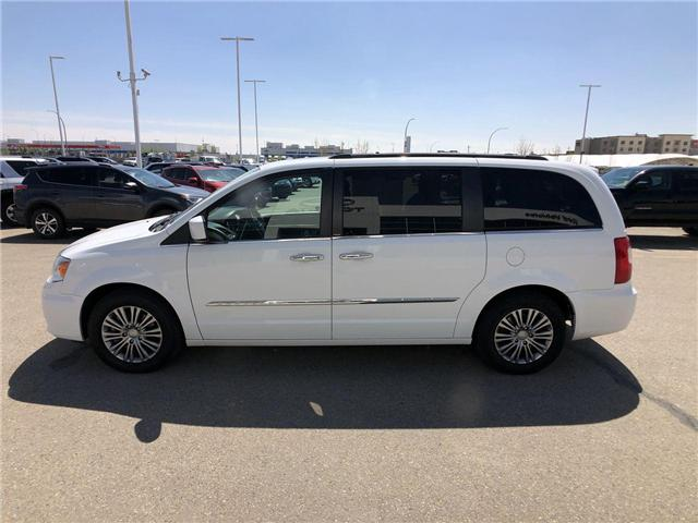 2014 Chrysler Town & Country  (Stk: 2802058A) in Calgary - Image 4 of 19