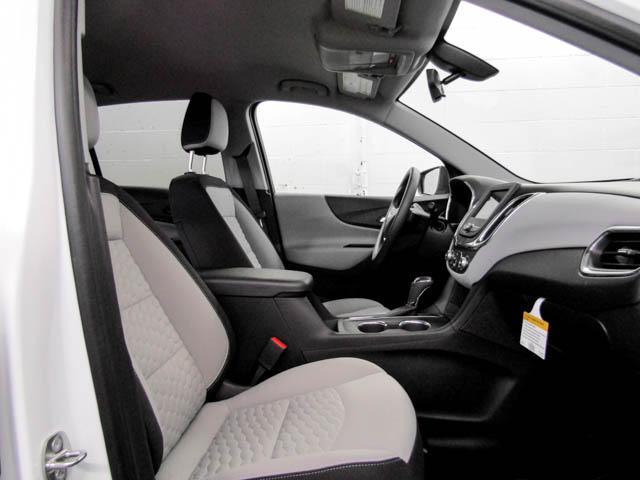 2019 Chevrolet Equinox LS (Stk: Q9-74310) in Burnaby - Image 8 of 13
