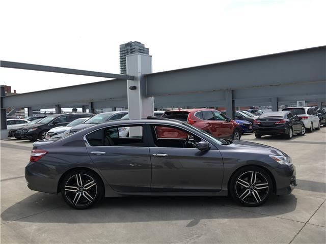 2017 Honda Accord Touring (Stk: A19674A) in Toronto - Image 4 of 22