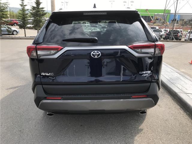 2019 Toyota RAV4 Limited (Stk: 190293) in Cochrane - Image 4 of 14