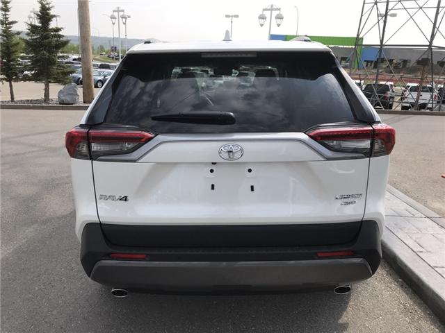 2019 Toyota RAV4 Limited (Stk: 190291) in Cochrane - Image 4 of 14