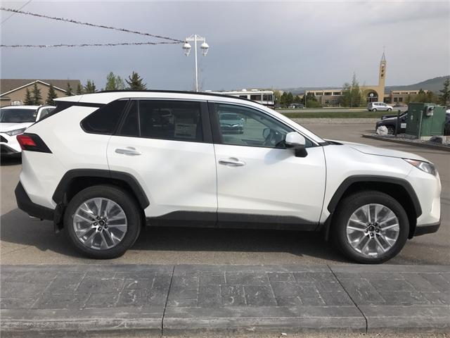 2019 Toyota RAV4 Limited (Stk: 190291) in Cochrane - Image 6 of 14