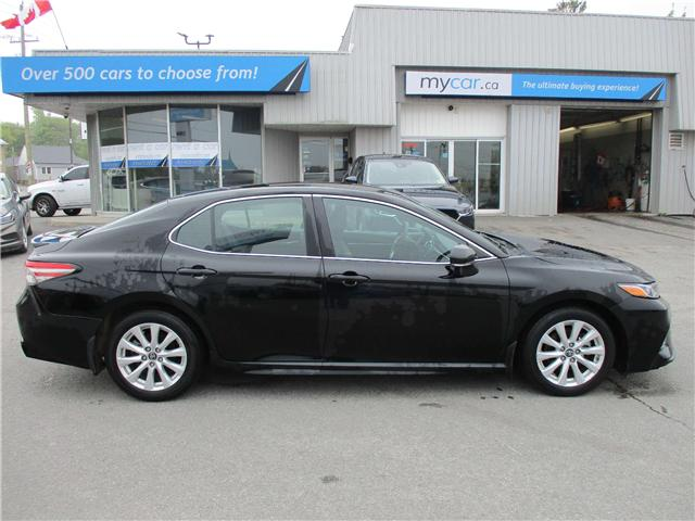 2018 Toyota Camry SE (Stk: 190592) in Kingston - Image 2 of 13