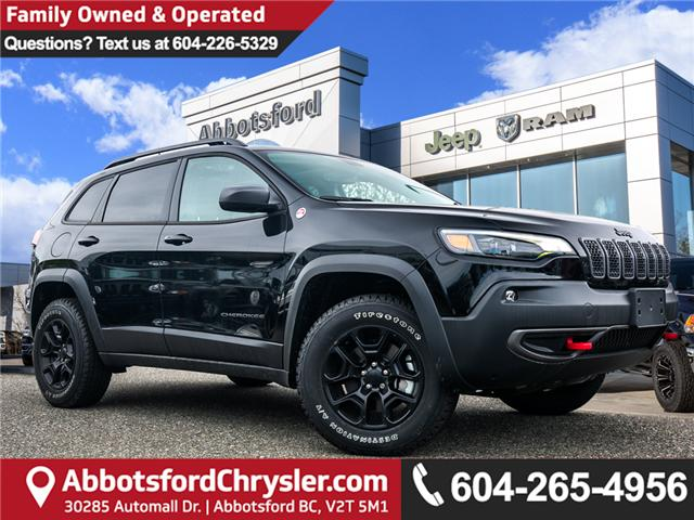 2019 Jeep Cherokee Trailhawk (Stk: K318601) in Abbotsford - Image 1 of 25