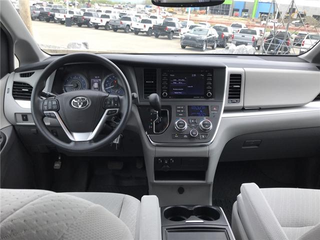 2019 Toyota Sienna LE 8-Passenger (Stk: 2860) in Cochrane - Image 15 of 15