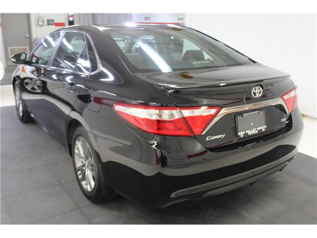 2016 Toyota Camry SE (Stk: 298335S) in Markham - Image 17 of 24